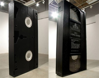 http://itschloe.files.wordpress.com/2009/05/vhs-sculpture.jpg