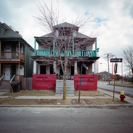 100 abandoned homes